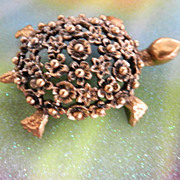 SALE Adorable Tortolani Highly Detailed Tortoise Vintage Pin