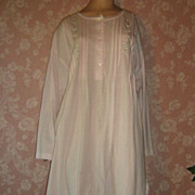 Vintage Nightgown Nightshirt Pink All Cotton Komar L Embroidery faux Pearl
