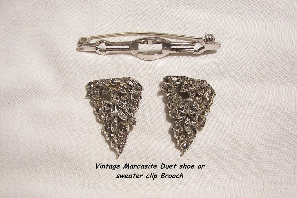 Fabulous Deco Marcasite Metal Duet shoe or sweater clip Brooch