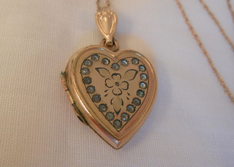 Early Bliss Brothers 1/20 10K gold filled rhinestone Heart Locket Necklace
