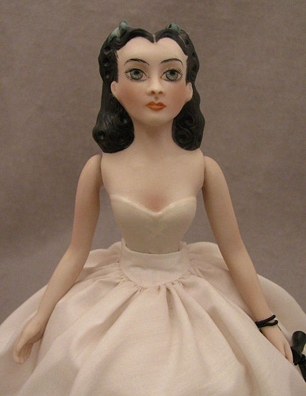 1976 UFDC Scarlett O'Hara Bisque Half Doll by Beverly Walters