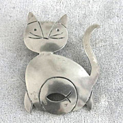 Miguel Cat Pin Pendant Fish Sterling Vintage Humorous