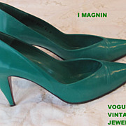 Vintage St. Patricks Day classic three inch pumps