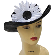 Vintage flower straw hat navy & white