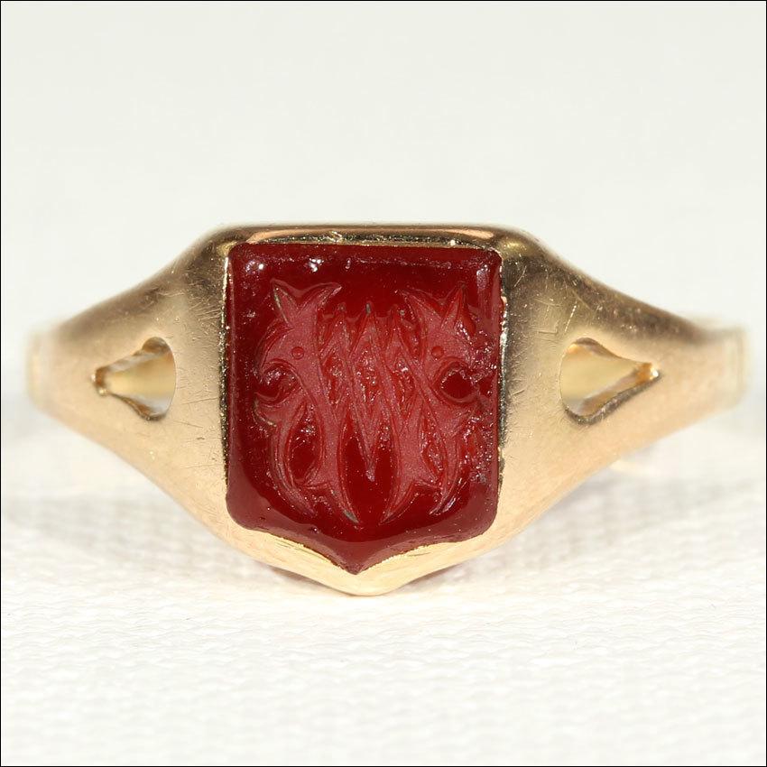antique carnelian signet ring in 18k gold c