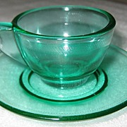 Akro Agate Stippled Band Jade Trans-Optic Cup & Saucer
