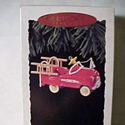 SALE Hallmark Kiddie Car Classics Murray Fire Truck ornament
