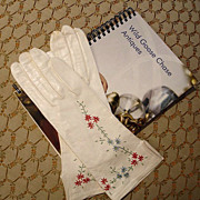 French Embroidered Winter White Leather Gloves  - Size 6 �  White Kid Gloves