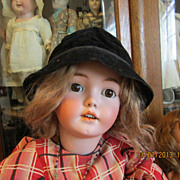 Cute Black Velvet Hat for Doll