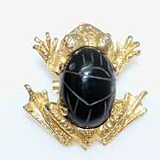 Frog Brooch of Gold Metal with Black Glass Back
