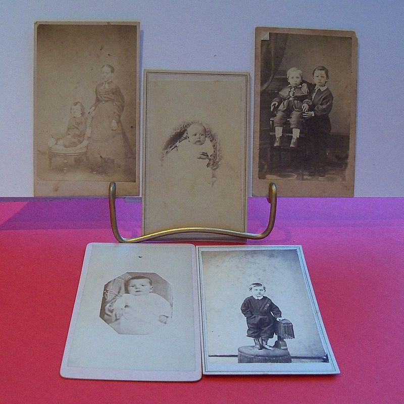 Lot of 5 studio photos of children