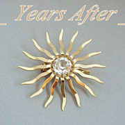 SALE Modernist Vintage CRYSTAL Brooch Faceted Starburst c.1940's!