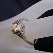 Art Deco 18K White Gold Diamond Solitaire Filigree Ring