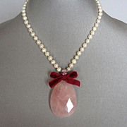Raindrop quartz pink stone. High end jewelry design.