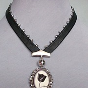 Tulip cameo, silver, leather and beads necklace. Bold and passionate jewelry.