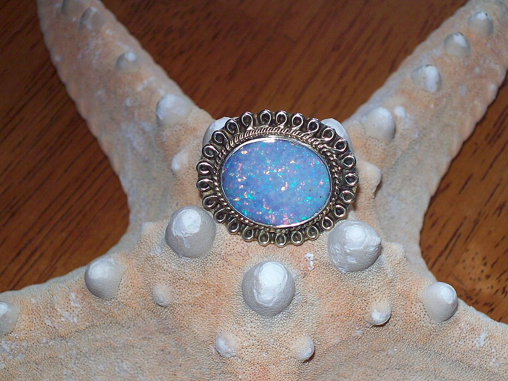 Gold Filled Opal Doublet Pin