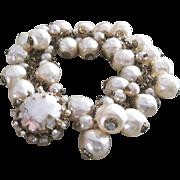 Signed Vintage Miriam Haskell all simulated pearl bracelet
