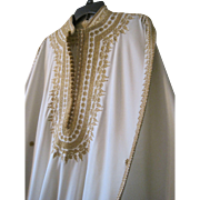Exceptional Vintage Wedding caftan with gold embroidery and trim in fabulous condition Larger