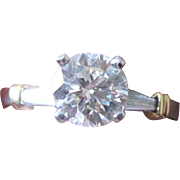 Platinum and 18k yellow gold diamond engagement ring weighing 5.6 grams with 1.50tw diamonds w