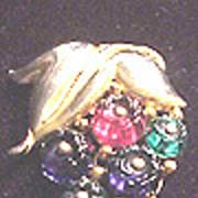 Early Trifari glass fruit salad fur clip Pat #11032  stem of berries