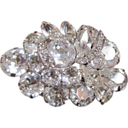 Brilliant Eisenberg rhinestone pin with all clear stones