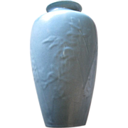 Large Rookwood bleeding hearts vase Circa 1945