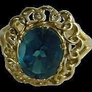 10 K Gold sapphire ring