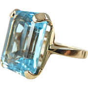 A Fine Natural 9.5 Carat Emerald Cut Blue Topaz in 14kt Yellow Gold Ring ...
