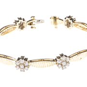 Ladies' Bracelet with Eight Diamond Clusters, c. 1985