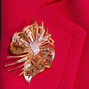 REDUCED Retro diamond 18 k yellow gold Brooch