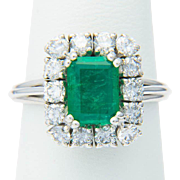 Vintage Certified Natural Emerald and diamonds cluster ring 18 k white gold circa 1960-1970