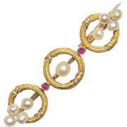 Antique Victorian bar brooch rubies pearls 18 k yellow gold