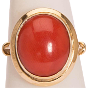Vintage natural untreated Mediterranean Sea coral cabochon ring 18 k yellow gold