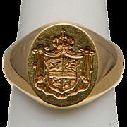 Vintage family crest signet ring 18 k yellow gold 23.4 gram