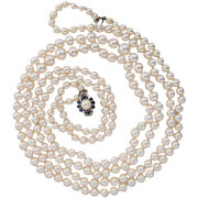 Vintage two strands Japanese Akoya cultured pearl necklace 18 k white gold pearl sapphire clas