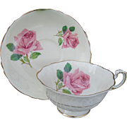 Beautiful Paragon Quatrefoil Pink Cabbage Roses and Gold Teacup and Saucer