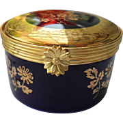 Limoges Castel 22k Gold Floral Round Pill Box
