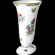 """SALE Herend Vase Porcelain Victoria Pattern Vintage 7.5"""" H  (19 cm)"""