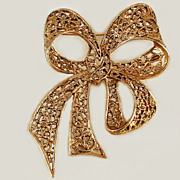 Large Open Work Holiday Bow Brooch Pin