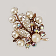 Winter Holiday Floral Motif Simulated Pearls Molded Glass Brooch