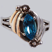 Azure Topaz Sterling Silver Size 6.75 Ring c1980s