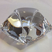 Baccarat Star Paperweight in Original Box