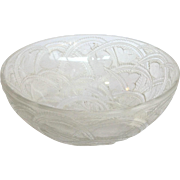 """Lalique Pinsons Frosted Bird Bowl 9.25"""""""