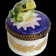 Rochard Limoges Frog on Lily Trinket Box