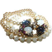 Vintage Signed Stanley Hagler Faux Pearl and Opaline Necklace