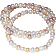 SALE Vintage Trio of Cultured Pearl Bracelets in Creamy to Blush Color