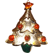 Small Christmas Tree Lapel Pin
