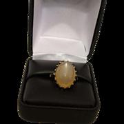 Vintage 10K Gold Moonstone Ring
