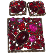 SALE Signed Vintage Weiss Brooch Set In Red and Fuchsia Colors