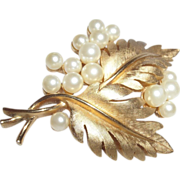 Vintage Signed Trifari Double Leaf Brooch with Simulated Pearls
